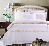 Wholesale Modern Style Active printing and dyeing Cotton Satin embroidery Hotel bedding sets Full Queen size