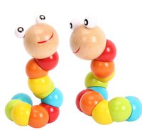 Wholesale The wood color variety of insect caterpillars for children years old Tong Yizhi crooked wooden toys