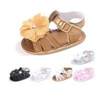 Precio de Sandalias baratas recién nacidos-2017 El metal abotona los zapatos de los niños de las flores, sandalias de la princesa del verano, zapatos suaves de los bebés de 0-18 M, shoes.12pairs / 24pcs.SX que camina recién nacido barato