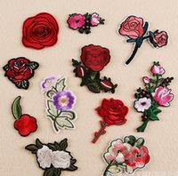 Wholesale Rose skull embroidered patch Iron On Patches Skull and Bones Made of Cloth Guaranteed punk Appliques sew on patch free ship