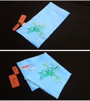 Wholesale Ancient embroidery silk handmade embroidery men s handkerchief handkerchief male quality gift box Handmade embroidery fashion ligh