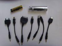Chargeur de batterie portable d'urgence AA avec le câble usb micro Voyage pour MP3 MP4 Mobile Phone Mobile Shippin