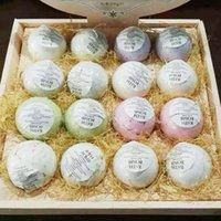 Wholesale Natural Bubble Bath Bomb Ball Essential Oil Handmade Bath Fizzy Christmas Gift