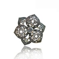 ancient technology - The flowers and plants scarf buckle Austrian Rhinestones Ancient gold and silver Mirror polishing technology Quality alloy High end brooches