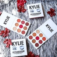Wholesale 2017New KYLIE Holiday Edition Palette Kyshadow color Eye Shadow Palette DHL Christmas Gift