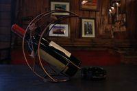 Wholesale Creative Metal wine rack half bending moon fashionable household decoration gift