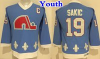 al por mayor vendimia quebec-Retroceso de Juventud Quebec Nordiques Camiseta de Hockey 19 Joe Sakic Azul bebé Nuevo Vintage CCM Niños Joe Sakic Cosido Jerseys Cheap C Patch