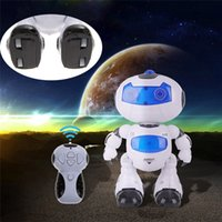 Wholesale 4 in Solar RC Robot Toy Remote Control Musical Electronic Toy Walk Dance Lightenning Robot Christmas Birthday Gift Toy
