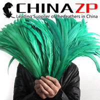 Wholesale CHINAZP Factory Exporting cm inch Length Good Quality Dyed Kelly Green Rooster Tail Feathers for bulk Sale