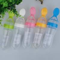 Wholesale 5 Colors Infant Silica Gel Baby Feeding Bottle With Spoon Food Supplement Rice Cereal Bottle New Arrival ml WA1777