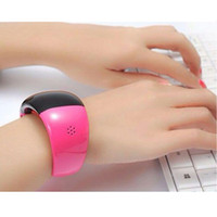 alert bracelets - Ladies Watch SmartWatch New Bluetooth Watch Mobile Phone Bracelet Watch Wristwatches Caller ID Digital Time Vibrating Alert For Cell Phone
