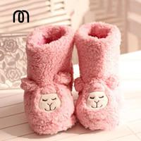 achat en gros de vente en gros en peluche japonais-Grossiste-hiver japonais mignon petit mouton alpaga pantoufles en peluche chaudes bottes de coton à la maison chaussures pantoufle femme Livraison gratuite
