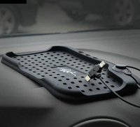Wholesale Universal Multi functional Magnetic Charge Of Silicone Anti Slip Mat Car Navigation Mobile Phone USB Charger