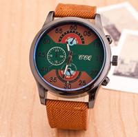 Le commerce de la peau Avis-Les montres de sports de mode de magasinage de gros prix de gros d'expédition libres vendent comme des gâteaux chauds