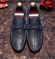 Wholesale 2017 high quality fall summer mens black brown blue croc Genuine Embossed leather slip on bow Loafers Driving handmade dress Mules slippers