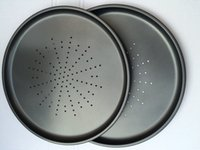 Wholesale Hot Sell Popular FDA Approved Stocked Peforated Carbon Steel Nonstick Round Pizza Pan for Baking Oven Usage