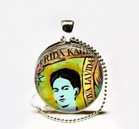 Pendant Necklaces artists circle - Viva La Vida Frieda Kahlo necklace Frieda necklace Frieda Kahlo pendant artist gift