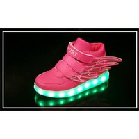 Hot Charging Basket Chaussures Enfants Led Avec Light Up Enfants Casual Garçons Filles LED Lights Luminous Sneakers Glowing chaussures ailes enfant Sneaker