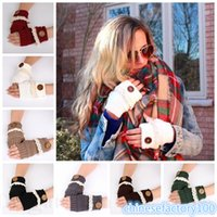 Wholesale Lace Button Fingerless Gloves Hand Knitted Arm Warm Soft Mittens Manual Knit Hand Sweater Gloves Fashion Women Lace Gloves Christmas Gift