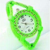 Señora Pulsera reloj cuerda circular puntero tipo movimiento de cuarzo azul naranja verde fucsia rosa amarillo elegante luz delicado de gama alta en 2017