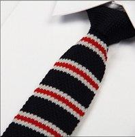 Precio de Lazo de lana-El punto knit la corbata de seda del poliester el nuevo tipo principal plano Corea - hizo la fábrica al por mayor de la venta al por mayor de la fábrica del bordado de las lanas 100pcs / lot