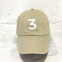 Revisiones Sombreros casual para los hombres-Oportunidad libre 3 del envío el sombrero de dios de Yeezus del panel del libro de colorante de la gorra de béisbol de la letra del casquillo del papá de Streetwear kanye de los casquillos del rapero 6 para las mujeres de los hombres