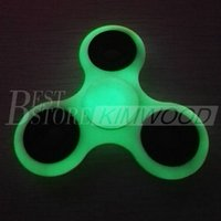 Wholesale 2017 Hot Toy EDC Luminous Hand Spinner Fidget Toy Good Choice For Decompression Anxiety Finger Toys Glow At Night Shine In the Dark