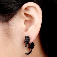 Wholesale 2016 new fashion handsome domineering new listing fashion retro punk texture enchanting fox stud earrings for men and women