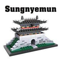 Wholesale Plastic toys LOZ hot products sungnyemun mini model diamond blocks bricks set