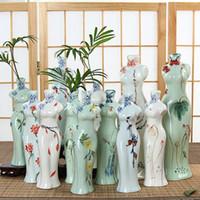 achat en gros de vase en porcelaine-Nouveauté Chine Cheongsam Céramique Vases fleur artificielle Vase Ostrich Feather Vases pour le mariage de fête de mariage fournitures de décoration 10 styles