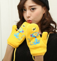 Wholesale The new couples cartoon offset printing is lovely warm Japanese students and velvet gloves with thick neck hung gloves