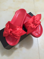 Wholesale 2017 Fenty Rihanna Shoes Women Slippers Indoor Outdoor Sandals Girls Fashion Scuffs Pink Black White Grey Bowknot Slides With Dust bag