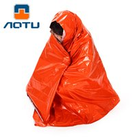 Wholesale AOTU CM Emergency Blanket UM Survival Rescue Insulation Curtain Outdoor Camping Life saving