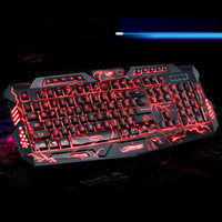 Hot Russian English Version Rojo / Púrpura / Azul Retroiluminación LED Pro Gaming Teclado M200 USB con cable N-Key completo para LOL Dota 2