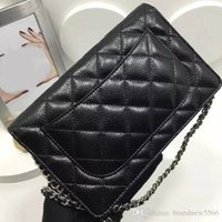 Livraison gratuite de la marque 2016 cuir de roe original WOC Mini chaîne Flap Bag Noir BEIGE Sac à main 20cm