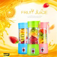 Plug-in Portable Electric Fruit Juicer Cup Légumes Citrus Blender Juice Extractor Broyeur de glace avec connecteur USB Rechargeable Juice Maker