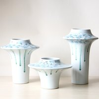 Wholesale Uneven Leaking Effect Glazed Ceramic Porcelain Tabletop Vase Set with Floral Painting in Inovation Design G15023421