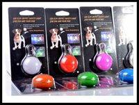 Wholesale pet s safety pendant light led mini portable hanging keychain clip on led lamp pet cat tag safety light