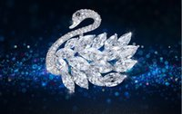 Wholesale Korean version of the new high grade Swan Brooch with SWAROVSKI Elements Crystal zircon Brooch Pin female accessories