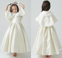 Wholesale Soft Warm Winter Faux Fur Jackets For Childen Lovely Little Girls Capes Cloak With Collar Bow White Flower Girls Shrugs Wraps In Stock