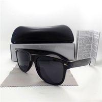 Vidrios del partido Baratos-Gafas de sol de las mujeres de los hombres de la manera Marca diseñador Adumbral que conduce los vidrios de Sun de la fiesta Los accesorios de las lentes de la vendimia de la alta calidad tienen todos los casos