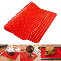 Wholesale 2017 Creative Useful Pyramid Pan Silicone Non Stick Fat Reducing Mat Microwave Oven Baking Tray Sheet Kitchen Tool F907