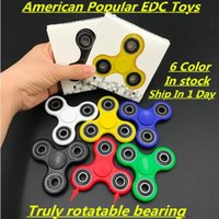 white plastic tips - Newest Hand Spinners Fidget Spinner Top Quality Triangle Finger Spinning Top Colorful Decompression Fingers Tip Tops With the Retail Box