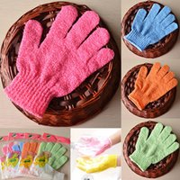Wholesale Bathing Gloves Five Fingers Scrubber Exfoliating Massage Body Spong Bath Gloves Mitt SPA Foam Bath Glove Tools Gifts WX G09