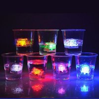 Wholesale Aoto colors Mini Romantic Luminous Cube LED Artificial Ice Cube Flash LED Light Wedding Christmas Decoration Party fast shipping JF