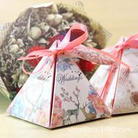 Wholesale 2017 New hot creative triangle pyramid candy box candy bag wedding candy wedding wedding supplies free ship