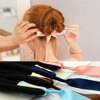 1 PC de la moda de las mujeres Magic herramientas de espuma de dispositivo de la esponja Desordenado rápido Donut Bun Hairstyle Girl pelo Arcos Accesorios de la banda Seda Headband