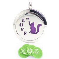 aromatherapy cats - Round Locket Aromatherapy Locket Pendant Necklace Hollow Out Cat shaped Essential Oils Diffuser Stainless Steel Jewelry For Women