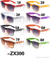 achat en gros de la mode de lunettes pour l'homme-Lunettes de soleil de lunettes de soleil de Sunglass Mats de couverture de la nouvelle mode d'hommes 10PCS Lunettes de conduite de lunettes de soleil de lunettes de soleil de lunettes de soleil