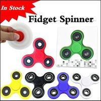 al por mayor a través de la mano-En existencias Fidget Spinner Hand Spinner Tri Fidget Balón de cerámica de escritorio Focus Toy EDC para matar el tiempo para los adultos de los niños vía DHL